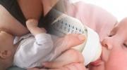 Rozdiely medzi dojčením a umelou výživou